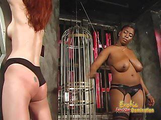 Rothaarige Schlampe beim BDSM Dreier benutzt